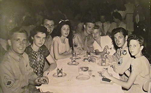 Harry Allen and Carrie Belle Carter Liniger on the far right, in Miami Beach just after their marriage