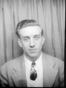Needs ID Photo 008:  Possibly Robert Sumner Stearns, originally with the Larkin C. Durdin crew.